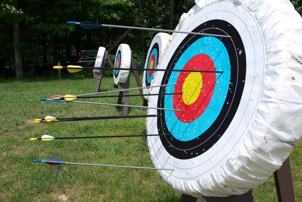target, aim, arrows